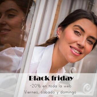 #BlackFriday -20% de Descuento en toda la web este fin de semana, del 27 al 29-Nov. . . . . . #modamujer #joyeria #ofertas #pendientesplata #camisetasoriginales #ropamujer #modaespañola #madeinSpain #pendientespiercing #ofertasmoda #pendientestrepadores #earjacket #pendientesmini #descuentos