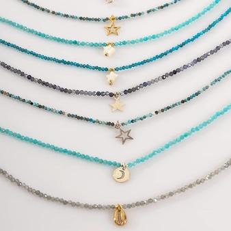 No encontramosmejor manera para abrir nueva sección de SETS DE COLLARES en nuestra web que con el precioso SET #LaBohème. Modelo: @gloria_sancho  Formado por tres collares diseñados por La Gata Loca y montados #artesanalmente en nuestro taller. Combinación de #minerales, #perlas y piezas sutiles.  Déjate enamorar y sorprender por nuestros SETS en 👉 https://lagatalocaonline.com . . . #collares #joyas #joyaschic #diseñojoyas #collaresplata #collaresperlas #joyasperlas #collaresminerales #collaresdeplata #lagatalocajoyas #lagataloca