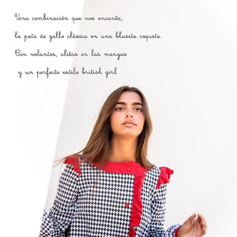 La Gata Loca con @martamartinn_ . . . #blusa #blusasmujer #blusaoriginal #blusasdiseño #camisasmujer #blusasoriginales #estampados #modamujer #modadiseño #lagatalocamoda #lagataloca #camisetasoriginales